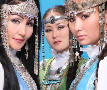 Trio Ayarkhaan